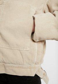 BDG Urban Outfitters - BORG UTILITY JACKET - Winter jacket - ivory - 6