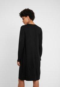 Repeat - CREW NECK DRESS - Strikkjoler - black - 2