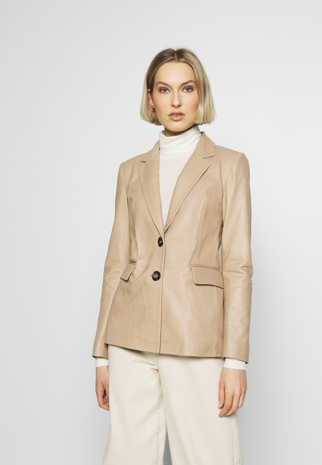 JACKET - Leather jacket - nougat