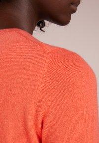 Repeat - CREW NECK - Sweter - orange - 4