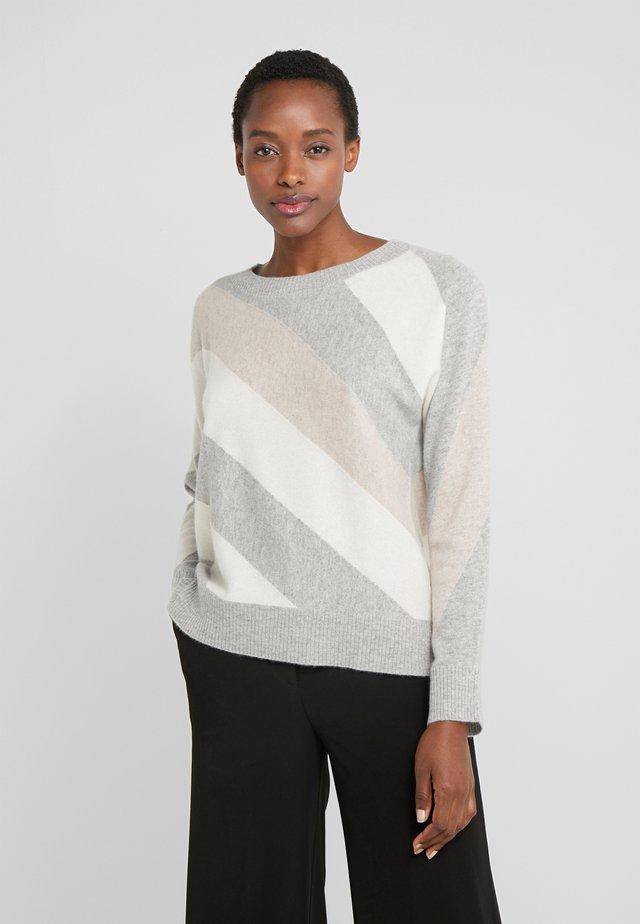 Stickad tröja - silver/cream/beige