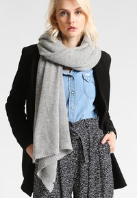 Repeat - SCARF - Sjaal - light grey - 0