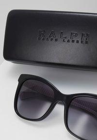 RALPH Ralph Lauren - Zonnebril - black - 2