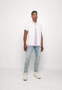 Redefined Rebel - CONNER TEE - Print T-shirt - pastel lilac - 1
