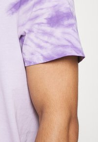 Redefined Rebel - RRCARSON TEE - Print T-shirt - pastel lilac - 5