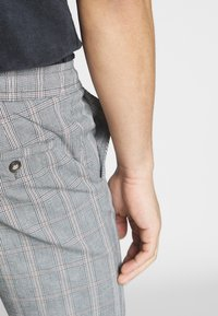 Redefined Rebel - KUDO PANTS - Trousers - vintage - 3