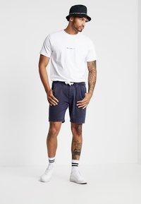 Redefined Rebel - POULTER - Pantalon de survêtement - navy - 1