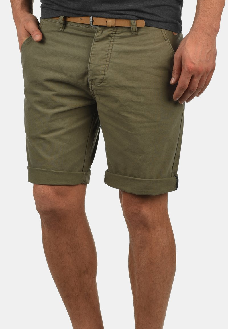 Redefined Rebel - MUMBAI - Shorts - dark olive
