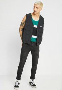 Redefined Rebel - STOCKHOLM - Jeans Skinny Fit - black - 1