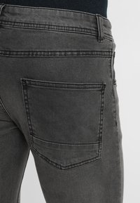 Redefined Rebel - COPENHAGEN - Slim fit jeans - black grey - 5