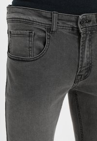 Redefined Rebel - COPENHAGEN - Slim fit jeans - black grey - 3
