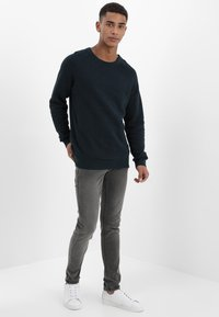 Redefined Rebel - COPENHAGEN - Slim fit jeans - black grey - 1