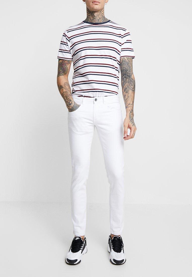 Redefined Rebel - COPENHAGEN - Slim fit jeans - white