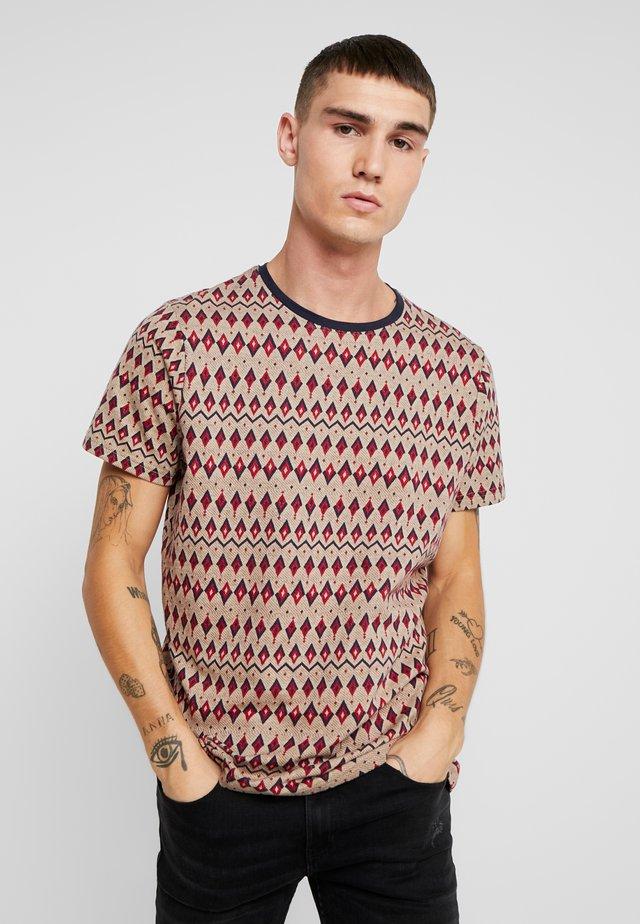 COPE TEE - T-shirt print - brick red