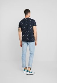 Redefined Rebel - JET TEE - T-shirt print - navy - 2