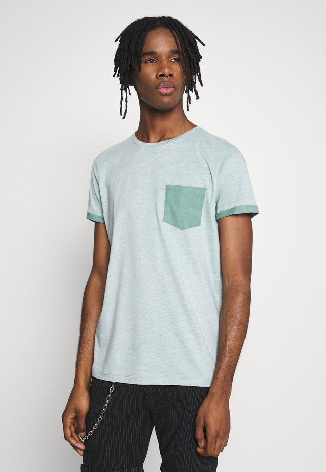 SURF TEE - Print T-shirt - duck green