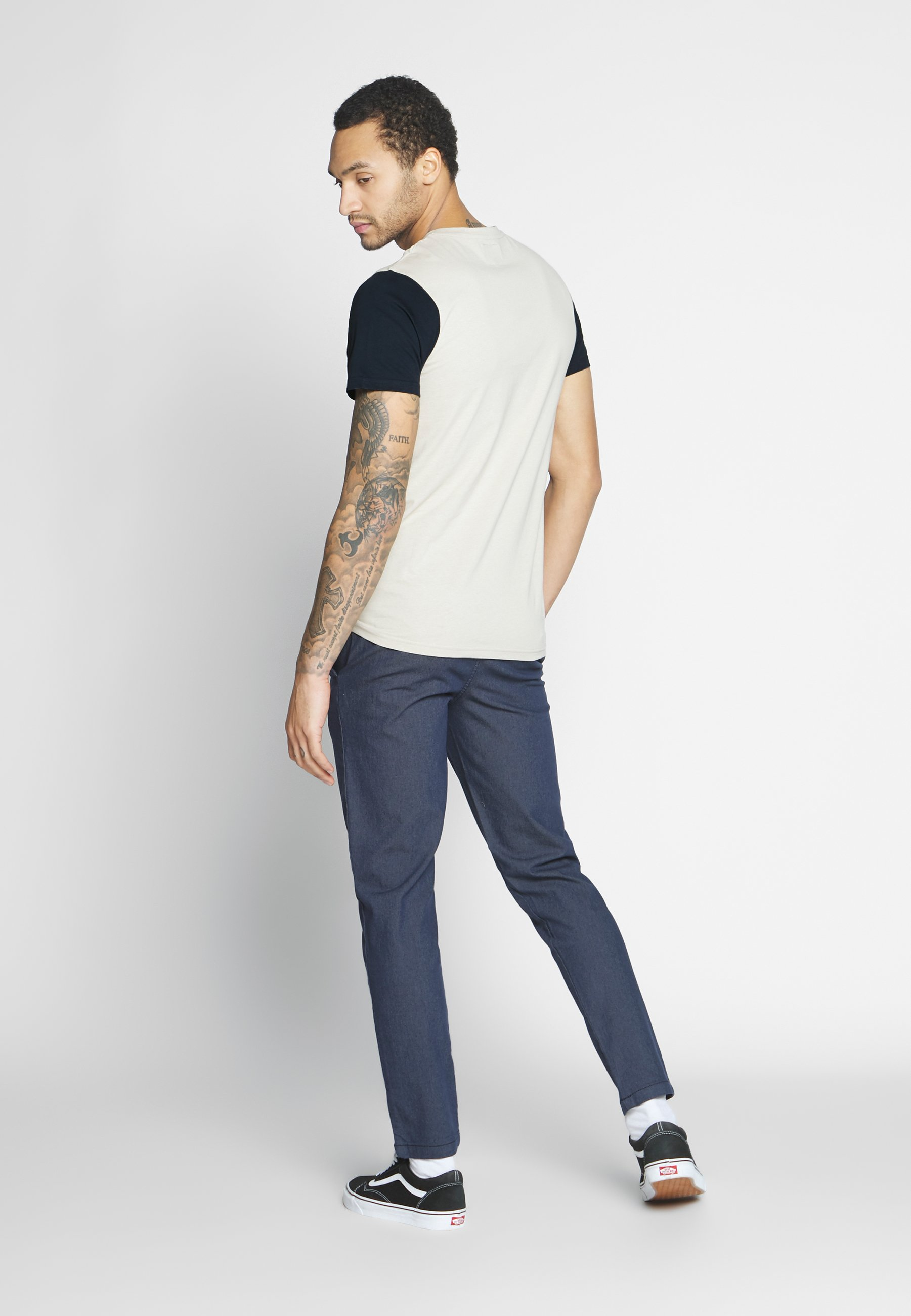 Redefined Rebel LUKA TEE - T-shirts med print - stone