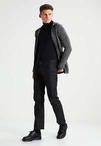 Redefined Rebel - CABE - Cardigan - black - 1