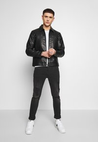 Redefined Rebel - STEFAN JACKET - Jacka i konstläder - black - 1