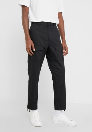 CORBIN  - Pantalones cargo - black
