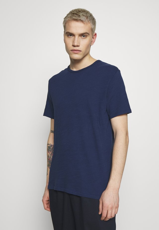 CLASSIC TEE - Basic T-shirt - ink