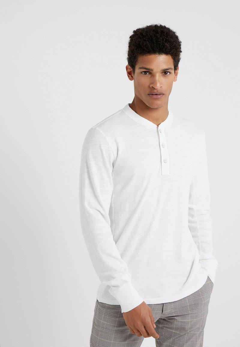 rag & bone - CLASSIC HENLEY - T-shirt à manches longues - white