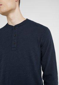 rag & bone - CLASSIC HENLEY - Bluzka z długim rękawem - deep navy - 4