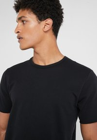 rag & bone - HUNTLEY TEE - T-shirt basic - black - 3