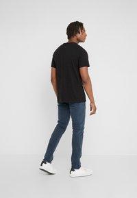 rag & bone - CLASSIC TEE - T-shirt basic - black - 2