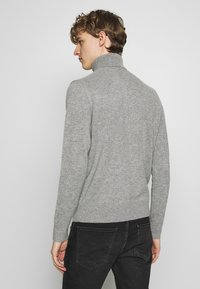 rag & bone - HALDON CASHMERE  TURTLENECK - Sweter - mottled grey - 2