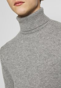 rag & bone - HALDON CASHMERE  TURTLENECK - Sweter - mottled grey - 5