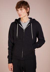 rag & bone - CLASSIC ZIP HOODIE - veste en sweat zippée - black - 0