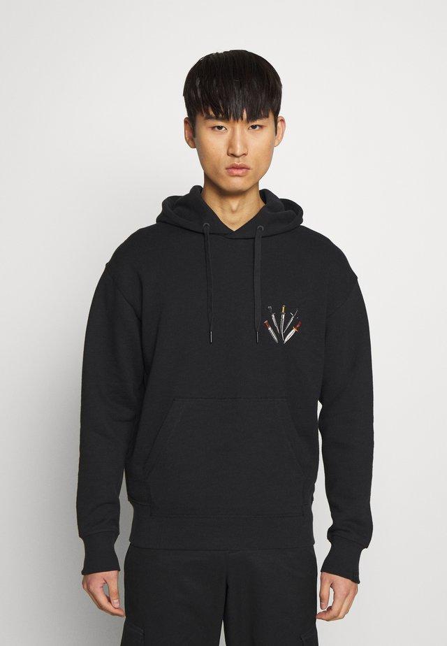 DAGGER HOODIE - Jersey con capucha - black