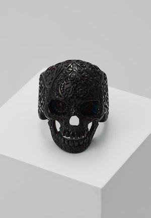 Prsten - black