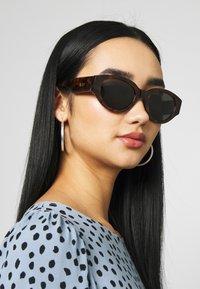 RETROSUPERFUTURE - DREW - Sunglasses - classic havana - 2