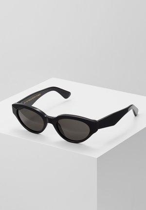 DREW - Solglasögon - black