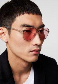 RETROSUPERFUTURE - IDEAL - Okulary przeciwsłoneczne - pink - 1