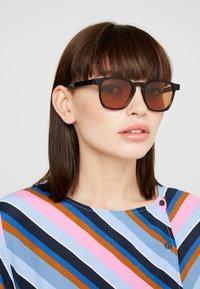 RETROSUPERFUTURE - UNICO - Sunglasses - havana black top - 3