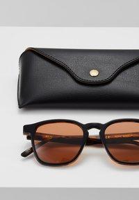 RETROSUPERFUTURE - UNICO - Sunglasses - havana black top - 2