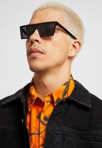 RETROSUPERFUTURE - Gafas de sol - black - 1
