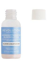 Revolution Skincare - OVERNIGHT TARGETED BLEMISH LOTION - Nachtpflege - - - 1