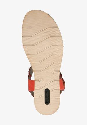 REMONTE SANDALEN - Wedge sandals - coralle/blutorange / 33