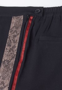 Religion - RELATIVITY  - Trousers - taupe - 5