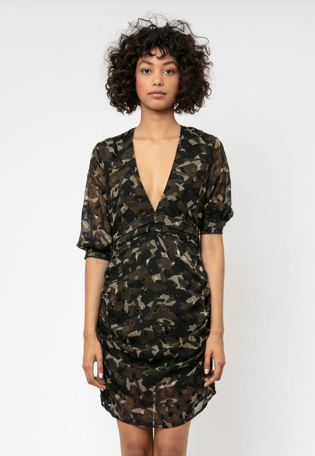 Day dress - camo print