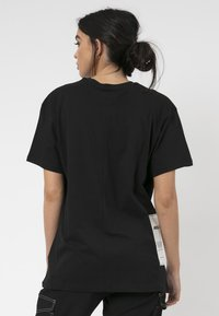 Religion - PLAIN TEE - Print T-shirt - black - 2