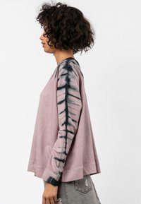 Religion - CURRENT - Sweter - ashes of roses - 3