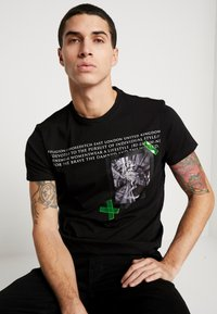 Religion - CORRECTION - T-shirts med print - black - 4