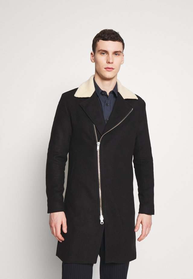 LIMIT COAT - Villakangastakki - black/offwhite