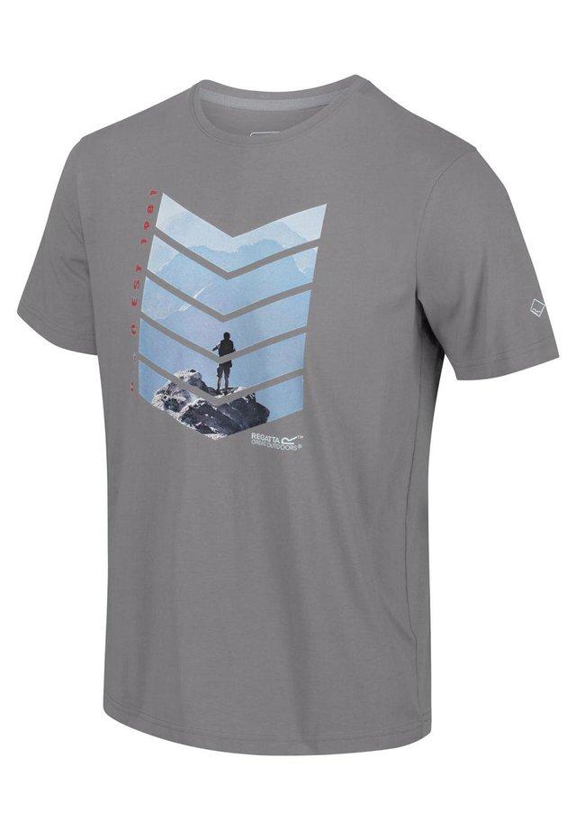 BREEZED  - Print T-shirt - rock grey