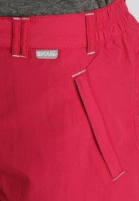 Regatta - CHASKA SHORT - Pantaloncini sportivi - dark cerise - 3